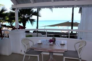 beachfront-studio-sea-view-02