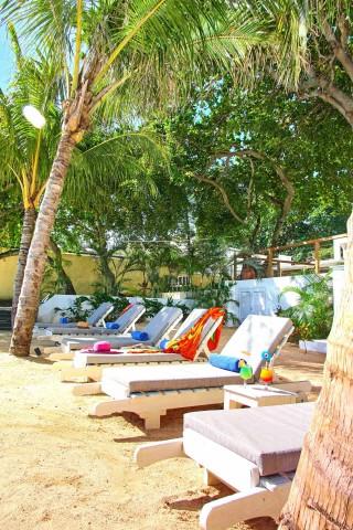 the-beach-facilities-01